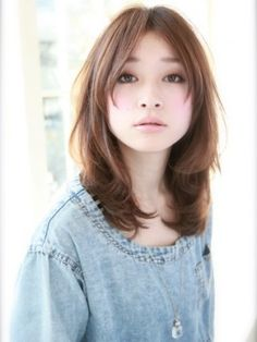 I've done this length layered before but I don't think it looked nearly as cute as it does on this Japanese girl.