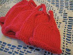 Free Knitting Pattern - Preemie Clothes: Eenie Meene Minie Moe Preemie Hats and more preemie patterns Baby Hat Knitting Pattern, Baby Hat Patterns, Baby Hats Knitting, Knitting Patterns Free, Free Knitting, Knitted Hats, Free Pattern, Knit Patterns, Knitting For Charity
