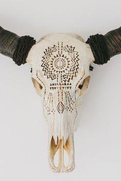 CARVED BUFFALO SKULL – Natural bone – Rope wrapped horns – American Indian art – Aztec art – Aztec skull by StraightandMarrowAU on Etsy https://www.etsy.com/listing/239514033/carved-buffalo-skull-natural-bone-rope
