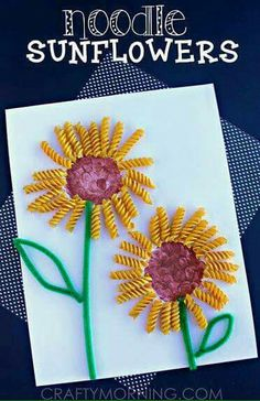 These nine simple sunflower crafts are great for a lazy summer afternoon activity with the kids. Informations About Discover 10 Sunflower Crafts for Kids to. Summer Art Projects, Spring Crafts For Kids, Summer Crafts For Preschoolers, Arts And Crafts For Kids Toddlers, Toddler Summer Crafts, Preschool Summer Crafts, Kid Art Projects, Rainbow Crafts, Spring Flowers Art For Kids