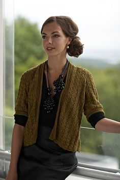Ravelry: Morbærsilkejakke pattern by Linda Marveng. Photo: Kim Mülller. Model: Francesca Golfetto