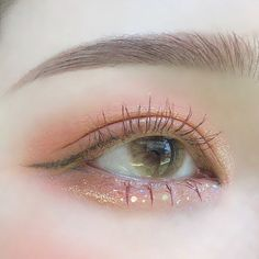 korean makeup – Hair and beauty tips, tricks and tutorials Kawaii Makeup, Cute Makeup, Pretty Makeup, Kiss Makeup, Makeup Art, Beauty Makeup, Korean Makeup Look, Asian Eye Makeup, Aesthetic Eyes