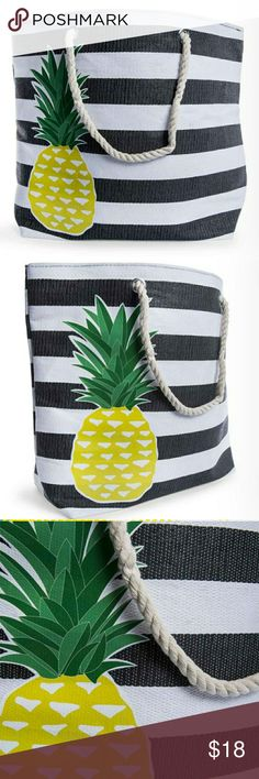 Pineapple beach tote NWT Get ready for the beach in this stylish and oh so cute beach tote!!  All if your necessities fit in here with no problem,very roomy interior and lined inside to keep your valuables safe. MEASUREMENTS 16 inches long 22 inches across Bags Totes