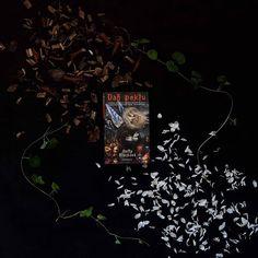Čo čítať počas jesenných prázdnin? Fantasy, Manga, Books, Movies, Poster, Painting, Art, Mango, Livros