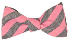 LOVE the idea of mismatched bowties for our groomsmen. Here's a favorite from #HighCotton: Pink and Navy Oxford Stripe Bow Tie