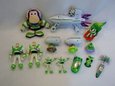 Lot of USED Disney TOY STORY BIG BOX OF BUZZ LIGHTYEAR toys figures B USED #Disney