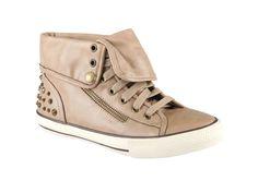 Zapatos con estoperoles