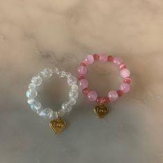 """321 次赞、 7 条评论 - Hui Mignon [위 미뇽] (@hui_mignon_) 在 Instagram 发布:""""💛"""" Cute Jewelry, Jewelry Accessories, Jewelry Crafts, Fairy Jewelry, Beaded Jewelry Designs, Hippie Jewelry, Trendy Jewelry, Luxury Jewelry, Jewelry Shop"""