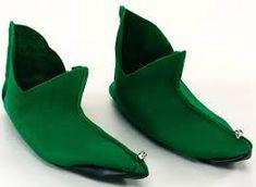 Green Felt Shoes With Bells Peter Pan Fancy Dress Elf Pixie Santa Peter Pan Fancy Dress, Elf Fancy Dress, Christmas Fancy Dress, Green Christmas, Disfraz Peter Pan, Peter Pan Shoes, Pixie Costume, Sup Accessories, Felt Shoes