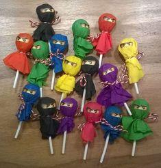 Ninja lollipops - Kinder & Baby World Ninja Birthday Cake, Karate Birthday, Ninja Birthday Parties, Birthday Party Themes, 7th Birthday, Ninja Cake, Lego Parties, Power Ranger Party, Power Ranger Birthday