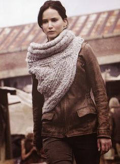 Katniss Everdeen // Catching Fire // Cowl Free Crochet Pattern