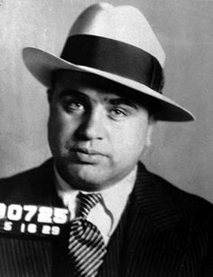 """Alphonse Gabriel """"Al Capone"""" - From Obscurity to Chicago Outfit Boss - American Mafia History Al Capone, Chicago Outfit, Real Gangster, Mafia Gangster, Gangster Style, Gangster Party, Roaring Twenties, The Twenties, Philippe Labro"""