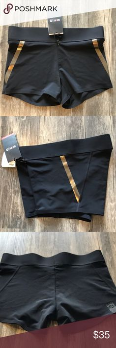 ❗️FINAL SALE❗️NWT Gr1ps Grips Capsule Yoga Shorts ▪️NWT Gr1ps Grips Black/Gold Capsule Yoga Shorts   ▪️Size Small   ▪️Spin | Gym Workouts | Yoga   ▪️Next Business Day Shipping.  Gr1ps Shorts