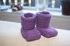 Babybooties Tree Branches, Art Pieces, Slippers, Socks, How To Make, Fashion, Moda, Fashion Styles, Artworks
