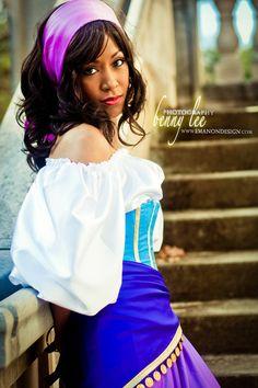 I never get sick of Esmeralda cosplays