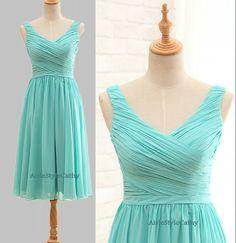 Short Cheap V-neck Bridesmaid Dress,Discount Knee Length V-neck Wedding Party Dress,Ice Blue Occasion Dress