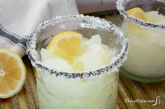 Who wants to wait for a Hawaiian shaved ice when you can have a sea salted limoncello granita instead? It has fantastic flavor and is super easy to make! Hawaiian Shaved Ice, Margarita Recipes, Smoothie Recipes, Everyday Dishes, Juice Concentrate, Coctails Recipes, Winter Drinks, Fresh Lemon Juice, Limoncello