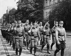 One advantage the Finnish Army enjoyed was being commanded by Marshal Mannerheim, pin by Paolo Marzioli Operation Barbarossa, Night Shadow, David And Goliath, German Army, Soviet Union, War Machine, World War I, Armed Forces, Troops