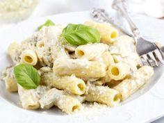 pâtes, parmesan, mozzarella, chèvre, gorgonzola, muscade, origan, beurre, Sel, Poivre
