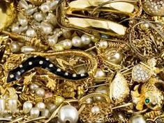 24 karat gold rate today,5 gram gold coin price,gold price chart 10 years,gold rate in usd,gold rate year wise,gold selling price today,how to sell gold,ny gold price,sell gold online,singapore gold rate in indian rupees,thai gold price,today lowest share price,us price,where to sell gold | goldbullioncorporate.com/blog/ Gold Jewelry Simple, Gold Rings Jewelry, Heart Jewelry, Antique Jewelry, Glass Jewelry, Gold Jewellery, Diamond Jewelry, Gold Gold, Gold Coin Price