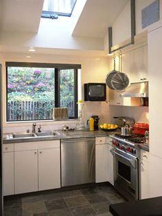 small space minimalist kitchen decorating photos