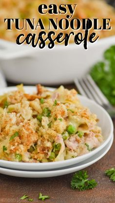 This Easy Tuna Noodle Casserole Recipe uses just a few simple ingredients and comes together to make a great comforting dinner! Tuna Casserole Healthy, Tuna Casserole Recipes, Healthy Tuna, Casserole Dishes, Simple Tuna Noodle Casserole Recipe, Easy Mushroom Soup, How To Cook Pasta, Food Processor Recipes, Dinner Recipes