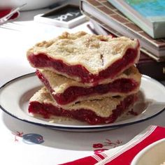 Raspberry Pie Squares Recipe ~ Ingredients      * 3-3/4 cups all-purpose flour      * 4 teaspoons sugar      * 1-1/2 teaspoons salt      * 1-1/2 cups cold butter      * 1/2 to 1 cup cold water      * FILLING:      * 2 cups sugar      * 2/3 cup all-purpose flour      * 1/4 teaspoon salt      * 8 cups fresh or frozen unsweetened raspberries      * 1 tablespoon lemon juice      * 5 teaspoons heavy whipping cream      * 1 tablespoon coarse sugar