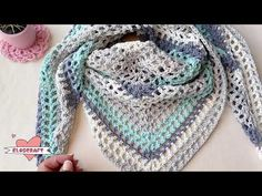 Shawl, Diy And Crafts, Clip Art, Ideas Para, Sweaters, Youtube, Fashion, Long Scarf, Crochet Clothes