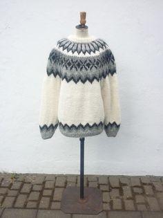 Icelandic Wool Sweater - White Fair Isle Knitting Patterns, Fair Isle Pattern, Knitting Ideas, White Sweaters, Wool Sweaters, Knitting Sweaters, Knit Crochet, Crochet Hats, Icelandic Sweaters