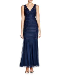 174.00$  Watch now - http://vipvv.justgood.pw/vig/item.php?t=ybkv2n30677 - JS Collections Sleeveless V-Neck Satin Striped Gown 174.00$