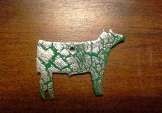 Green beef pendant with sparkly silver crackle. Will come with a rhinestone pinch bail. Repin to be entered to win one of four $50 gift certificates during our Five Year Anniversary Celebration in July 2014.