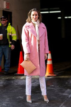 Pin for Later: Flashback Friday: NYFW Street Style Stars Trekked Through the Snow For Fashion NYFW Street Style Day 2 Pink-perfect.