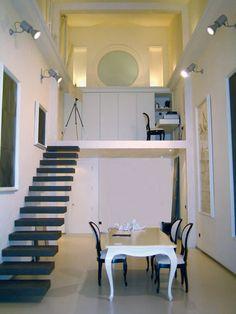 Arredo Interni e Design: ecco un esempio di #Scala per un particolare appartamento realizzata ad hoc da #KronosTecnica in #GresPorcellanato