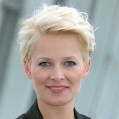 30 Best Short Haircuts for Women Over 50   Haircuts - 2016 Hair - Hairstyle ideas and Trends