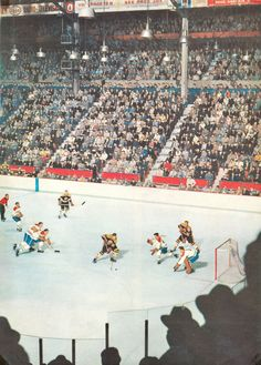 """""Old Time Hockey""A Classic Photo by Legendary Photographer Hy Peskin of a mid Bruins-Canadiens game at the Montreal Forum. Rangers Hockey, Blackhawks Hockey, Chicago Blackhawks, Ice Hockey Players, Nhl Players, Montreal Canadiens, Pittsburgh Penguins Hockey, Red Wings Hockey, Hockey Games"