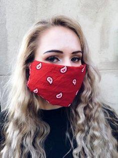 Handwerk: Doen-dit-self gesigmaskers | Maroela Media Needlework, Face, Projects, Fashion, Craft Work, Embroidery, Log Projects, Moda, Dressmaking