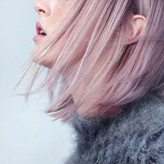 Candyfloss hair, yes please!     @eleonorebridge  #mrp #mrpfashion #fashion #hairgoals #candyhair #candyfloss #regram #lob #pastelmagic #coolhairdontcare