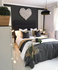 45 Beautiful and Modern Bedroom Decorating Ideas for This Year Part 7 bedroom ideas bedroom decor bedroom ideas master bedroom design ideas bedroom design bedroom ideas for small room bedroom decorating ideas bedroom decorations Modern Bedroom Decor, Master Bedroom Design, Home Bedroom, Girls Bedroom, Living Room Decor, Adult Bedroom Ideas, Bedroom Ideas For Small Rooms For Adults, Navy Bedrooms, White Bedroom Decor