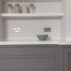 A subtle colour scheme in shades of grey for this handleless Shaker kitchen adds a contemporary feel to a traditional home Kitchen Paint, Kitchen Cabinets, Corian Worktops, Grey Shaker Kitchen, Kitchen Hacks, Kitchen Ideas, Handleless Kitchen, Little Greene, Range Cooker