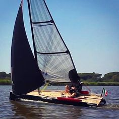 "1,571 Likes, 10 Comments - Sail Republic (@sail_republic) on Instagram: ""www.zensailstyle.com LA BARCA A VELA DA AUTOCOSTRUIRE CON UN KIT DI MONTAGGIO. #sea #port #sailing…"""