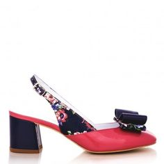 pantofi decupati la spate 1607 flori bleu cu orhidee Leather Shoes, Heeled Mules, Glamour, Heels, Fashion, Sandals, Leather Loafers, Leather Pumps, Moda