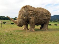 Giant Straw Animals Invade Japanese Fields After Rice Harvest And They Are Absolutely Badass Fall is a season of harvesting, and festivals to celebrate it are currently taking place all over the world. In Northern Japan, the Wara Art Festival recently rang in the September-October rice season, and it's a wildly inventive and fun way to repurpose rice straw left over from the harvest.