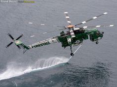 Italian S64 AirCrane helicopter // Photo Ricardo BRACCINI