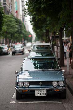 惚れ惚れする仕事だね ISUZU 117 Coupe DSC_4472 by kermit71, via Flickr