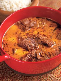 LAMB IN CREAMY GREEN CARDAMOM CURRY -- Serve this lamb curry with rice or naan bread or over boiled, salted potatoes.