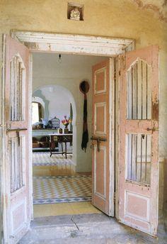 The World of Interiors, October 2007. Photo - Henry Wilson