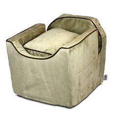 Snoozer Luxury Lookout I Pet Car Seat - Medium Buckskin with Java Trim - 37275-LOOKOUTI-M-BUCKSKIN