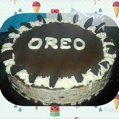 Cheescake de oreo Birthday Cake, Desserts, Food, Oreo Cheesecake, Tailgate Desserts, Birthday Cakes, Dessert, Postres, Deserts