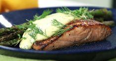 Grillad lax med sparris och gräslökshollandaise | Recept från Köket.se Lchf, Salmon, Seafood, Steak, Grilling, Pork, Turkey, Fish, Dinner