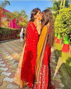 Cute Girl Face, Cute Girl Photo, Beautiful Girl Photo, Beautiful Girl Indian, Cute Girl Poses, Girl Photo Poses, Cool Girl Pictures, Girl Photos, Teen Girl Photography